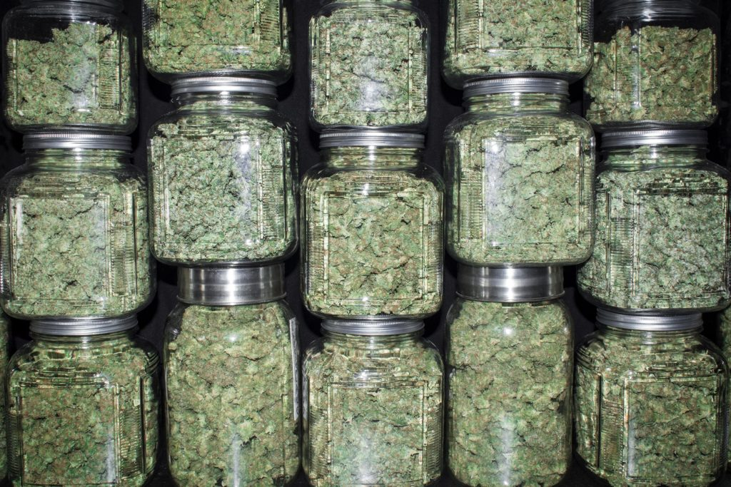 What is Hotboxing? And 9 pro tips! – WeedSeedShop