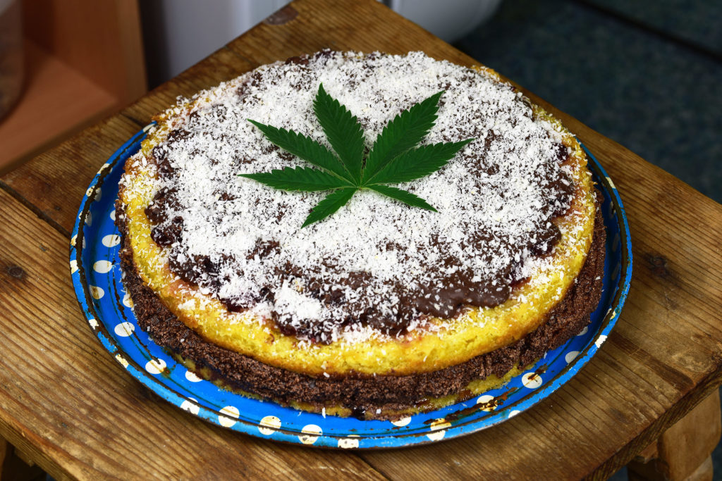 Bake a cake with some left over cannabis leaves