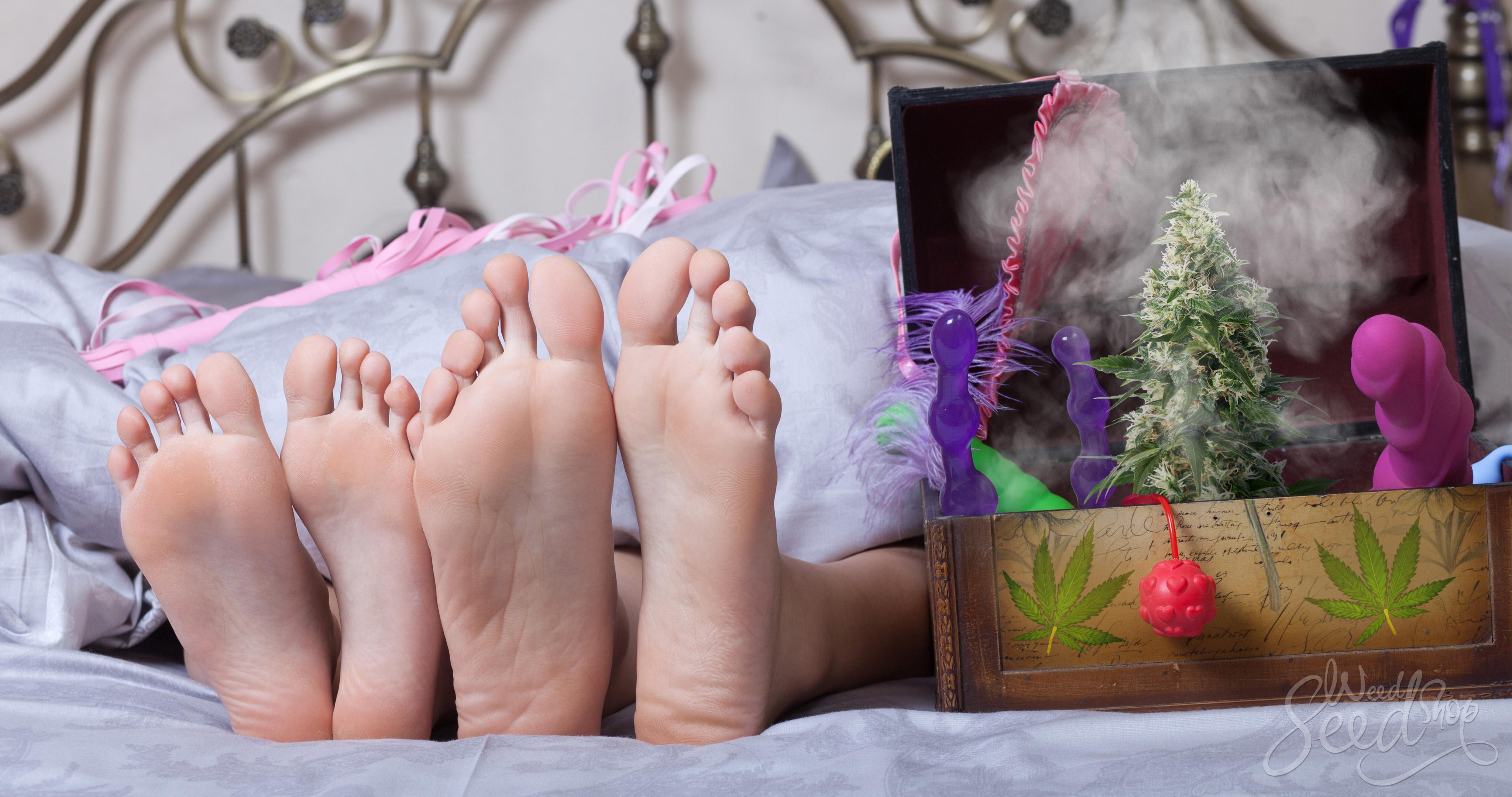 Plan à 3 avec Marie-Jeanne - Les 5 meilleurs produits sexuels cannabiques - WeedSeedShop Blog