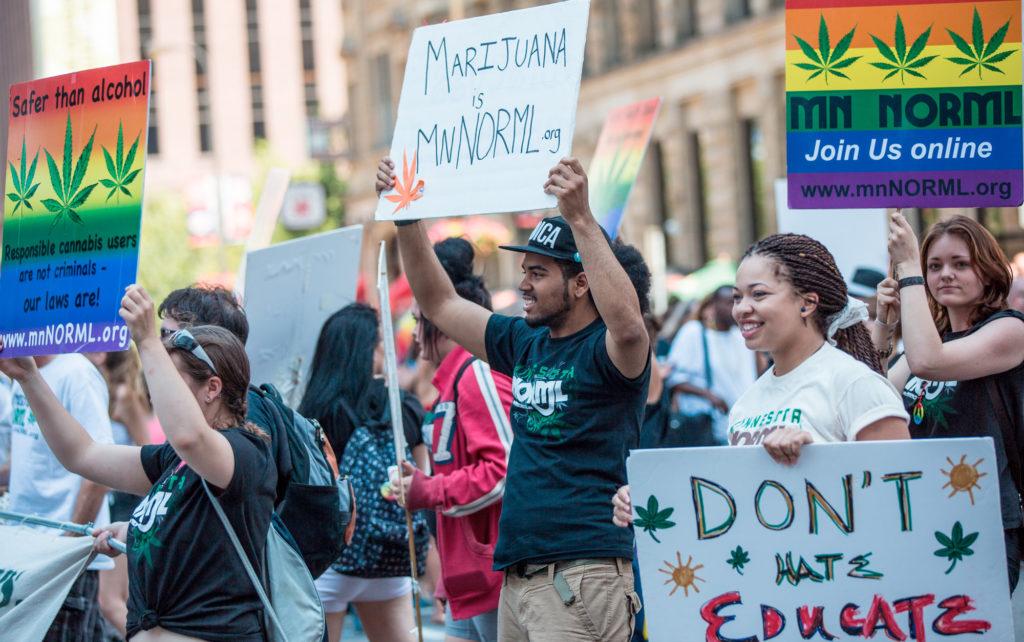 De eeuwigdurende strijd – Stappen voorwaarts en achterwaarts in de cannabiskruistocht