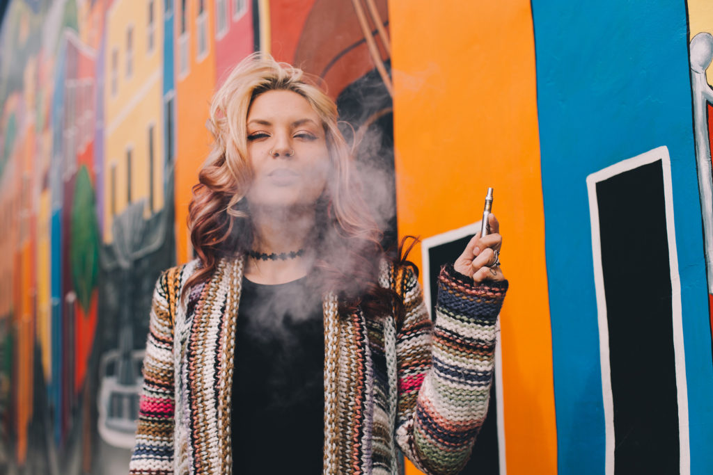 How To Smoke Weed For The First Time - WeedSeedShop Blog